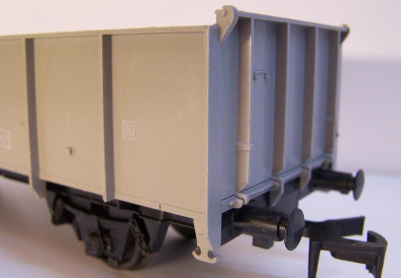 Constitution du wagon tomberau type europeen de Lima au 1/45. Lima_t20