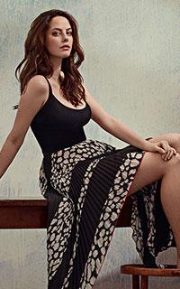 Kaya Scodelario avatars 200*320 pixels - Page 3 Alexis13