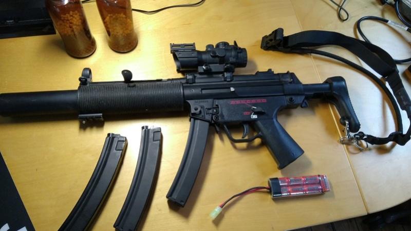 SMG Classic Army B&T MP5 SD6 + 3 chargeur hi-cap 200 billes + strike systems 4x32 + Gun Sling tactique + Billes + Batterie 8.4v Img_2010