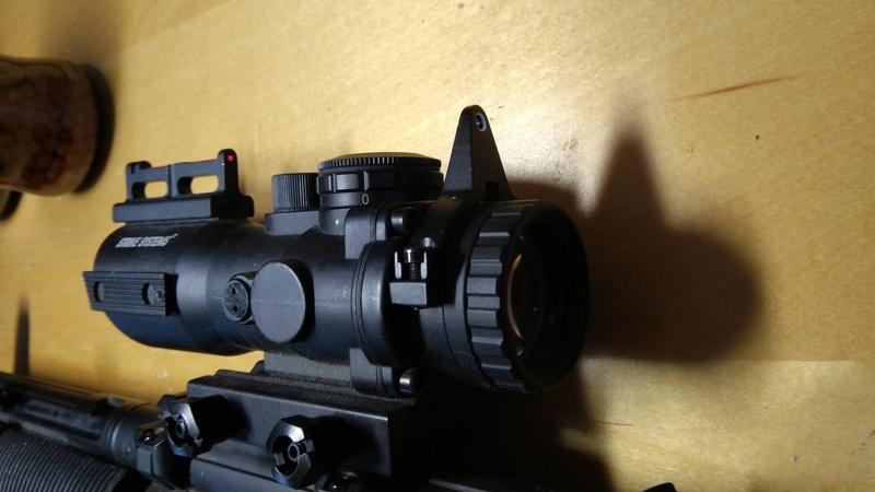 SMG Classic Army B&T MP5 SD6 + 3 chargeur hi-cap 200 billes + strike systems 4x32 + Gun Sling tactique + Billes + Batterie 8.4v Img_2014