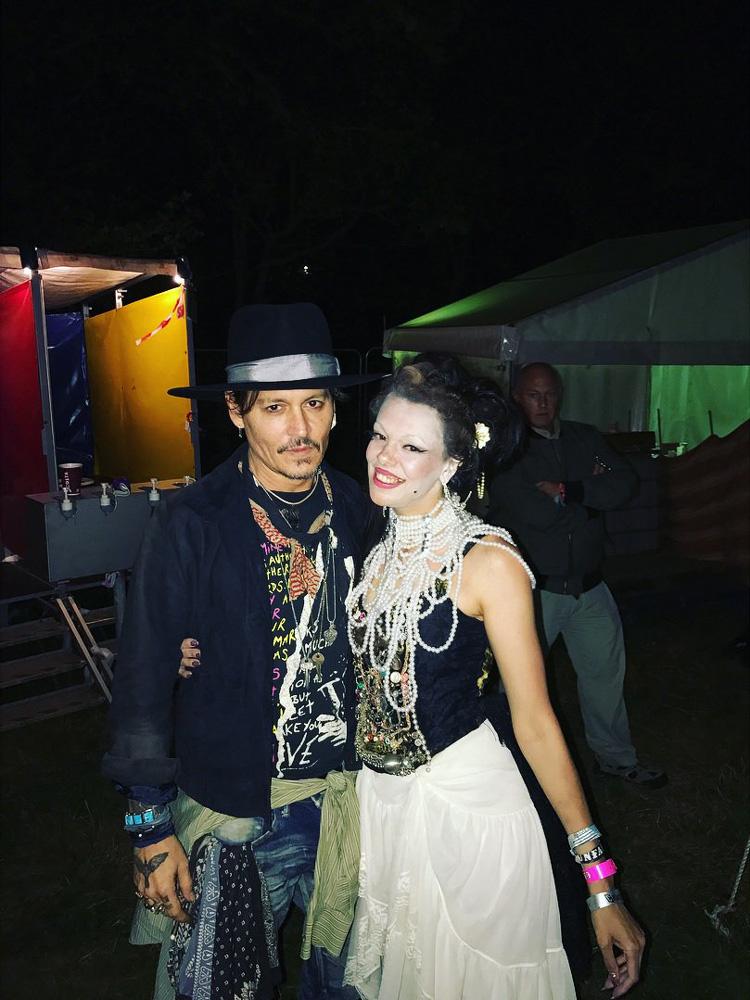 Johnny au Glastonbury Festival - Page 2 20170713