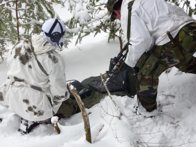 12/2012, dans la neige, forêt + urbain P1020410