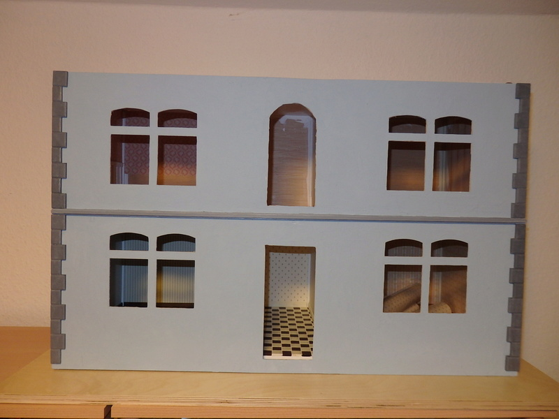 Puppenhaus DelPrado mit Umbau / Änderung / Zubehör Pa081511