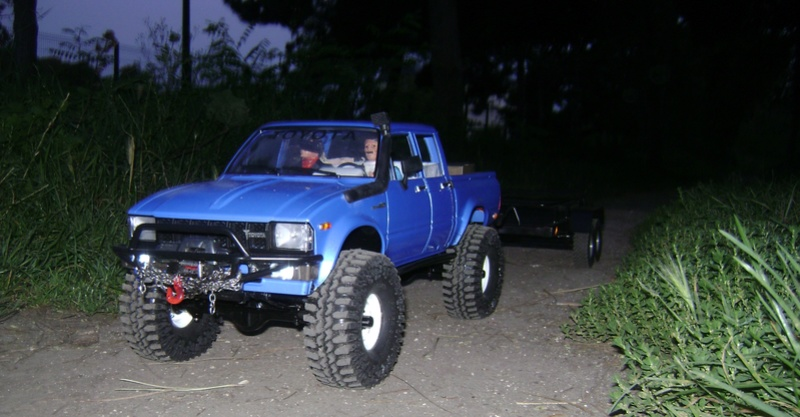 Les Toyota Hilux 2 & 4 portes RC4WD Trail Finder 2 RTR de Trankilou &Trankilette - Page 2 Dsc04728