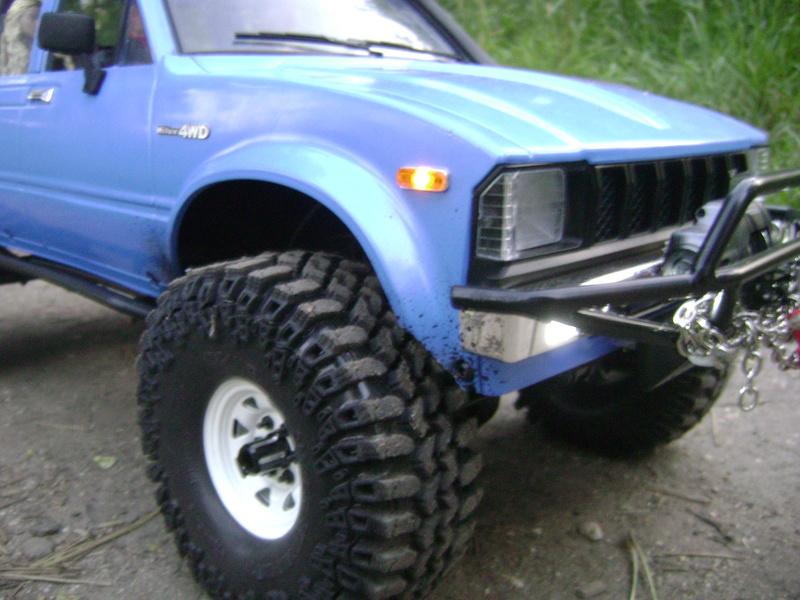 Les Toyota Hilux 2 & 4 portes RC4WD Trail Finder 2 RTR de Trankilou &Trankilette - Page 2 Dsc04730