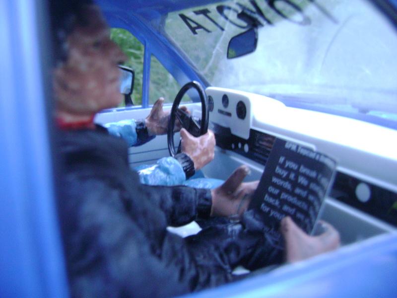 Les Toyota Hilux 2 & 4 portes RC4WD Trail Finder 2 RTR de Trankilou &Trankilette - Page 2 Dsc04746