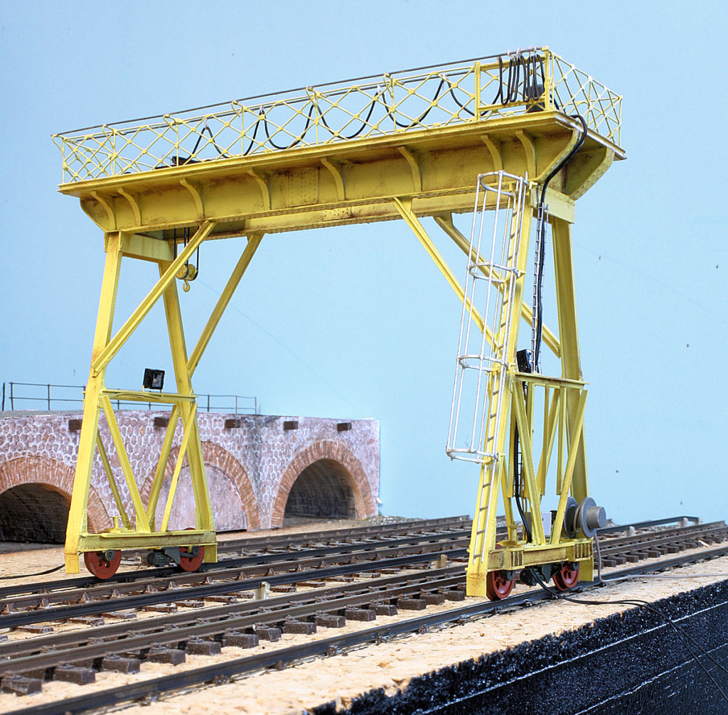 Tren groc à VVB - Page 12 Portiq16
