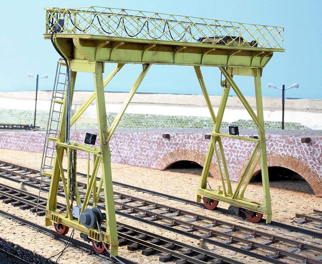 Tren groc à VVB - Page 12 Portiq17