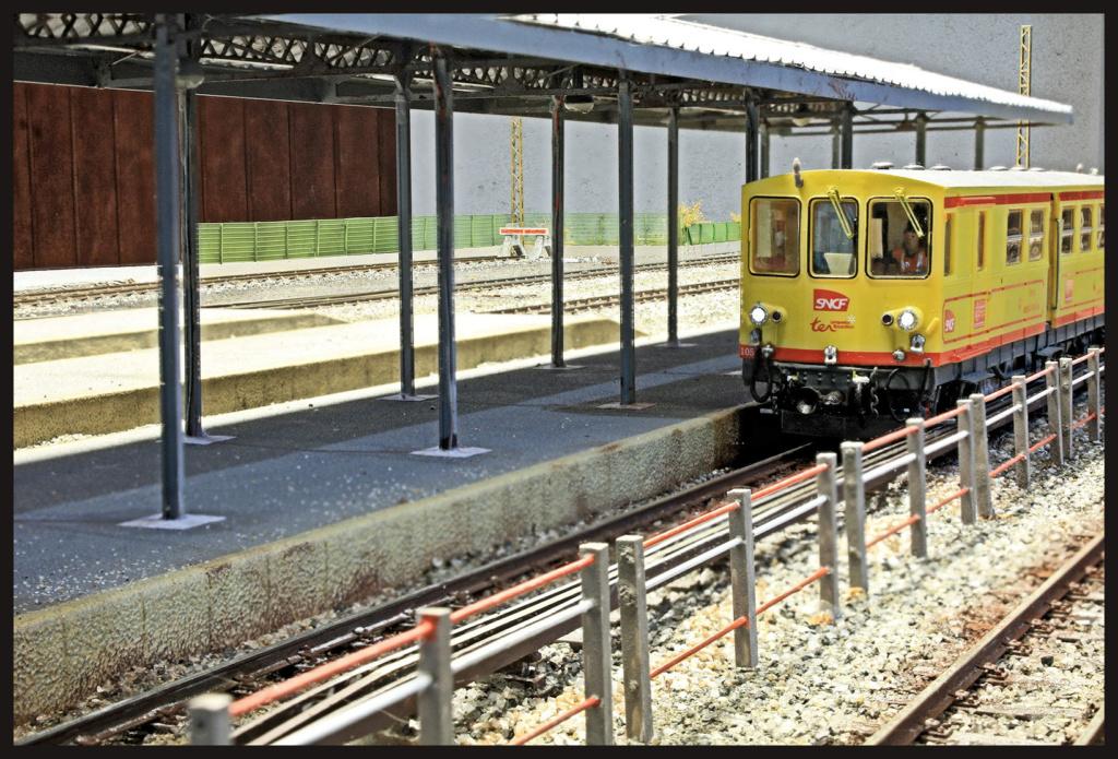 Tren Groc à VVb - Page 16 Quai_c11