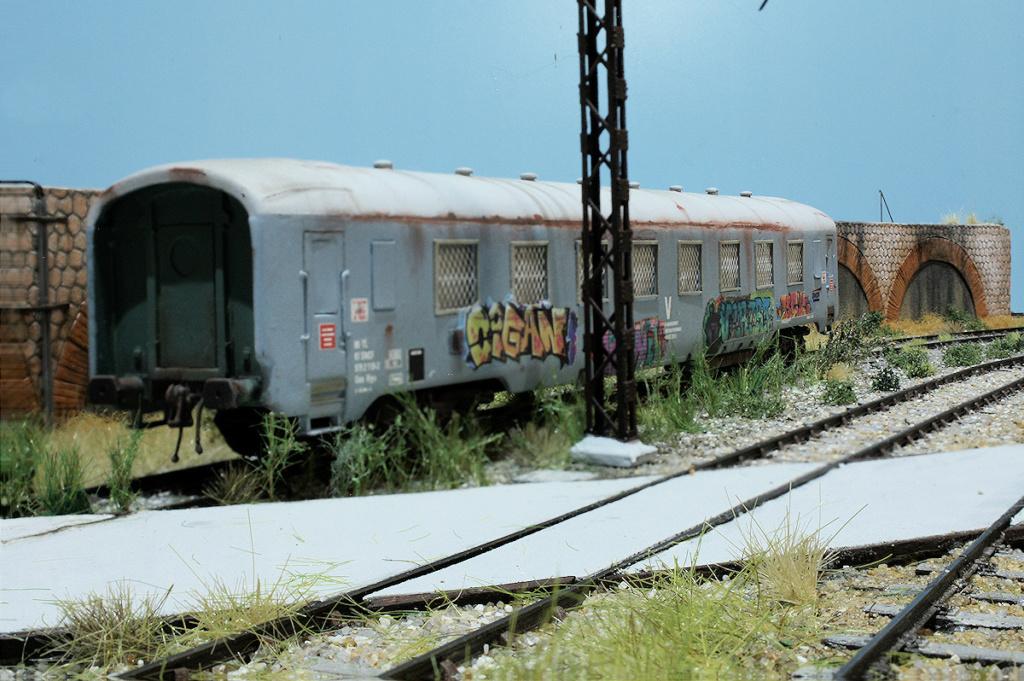Tren groc à VVB - Page 13 Servic10