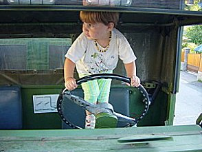 Ma fille au volant du KT Sans-t11