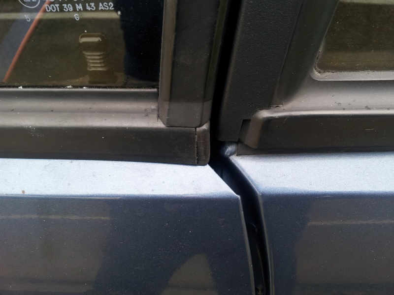 Lèche vitre Samba. 2013-053