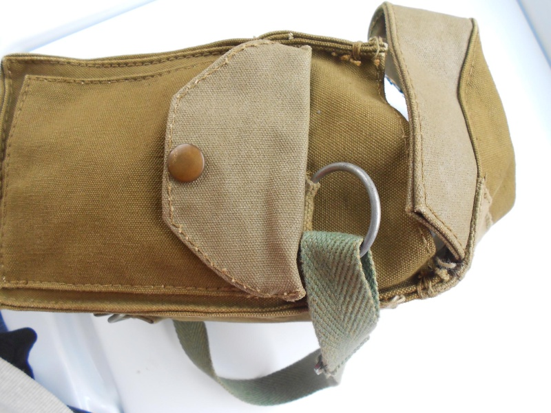 Light Gas Mask Pouch Question 01110
