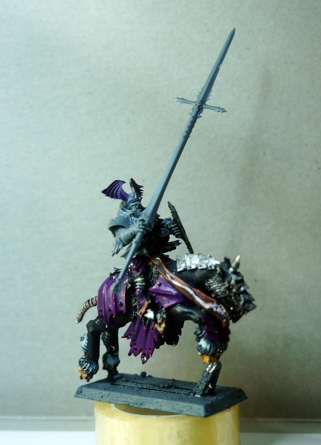 Tete et bras chevalier de sang Dsc09816