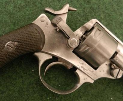 La réparation d'un percuteur de 1873 Marqua10