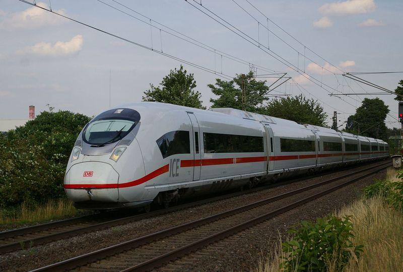 Was die Züge so bewegt ... - Seite 7 407_0111