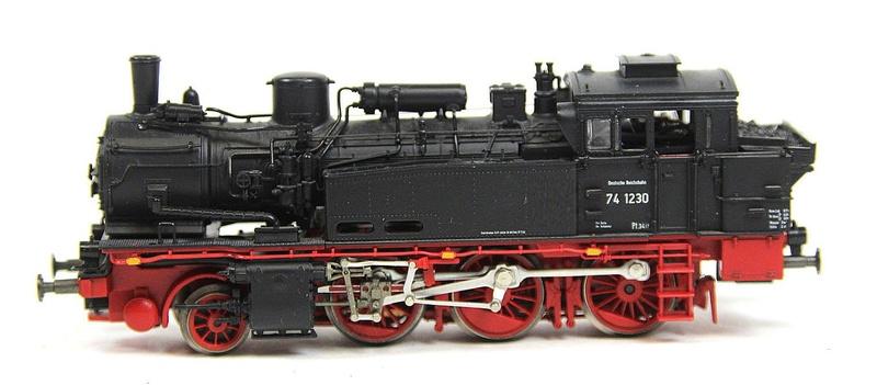 BR 74.4 - 13 (pr. T12) mit zusätzlichem Wasserwagen. 74_12310
