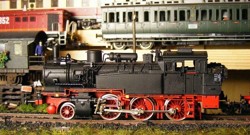 BR 74.4 - 13 (pr. T12) mit zusätzlichem Wasserwagen. Dscf7517