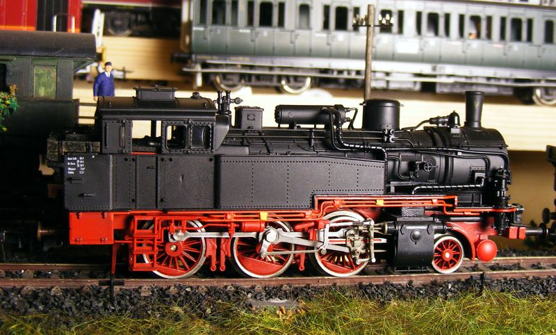 BR 74.4 - 13 (pr. T12) mit zusätzlichem Wasserwagen. Dscf7518