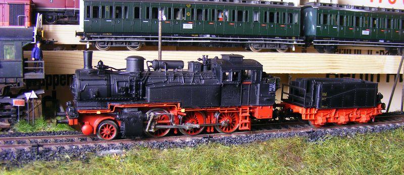 BR 74.4 - 13 (pr. T12) mit zusätzlichem Wasserwagen. Dscf7520
