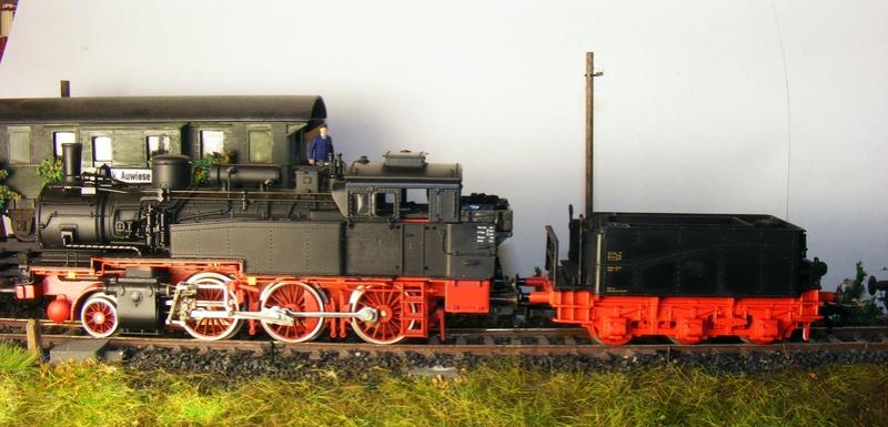 BR 74.4 - 13 (pr. T12) mit zusätzlichem Wasserwagen. Dscf7524