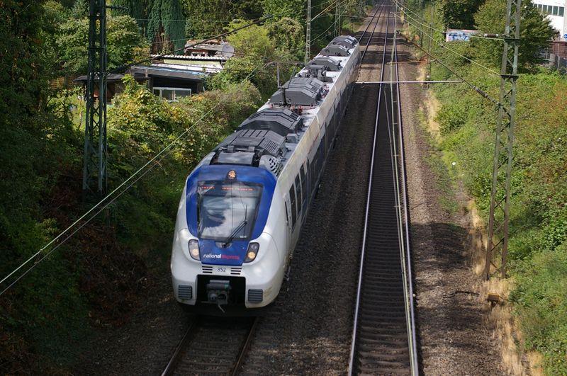 Was die Züge so bewegt ... - Seite 7 Imgp3310