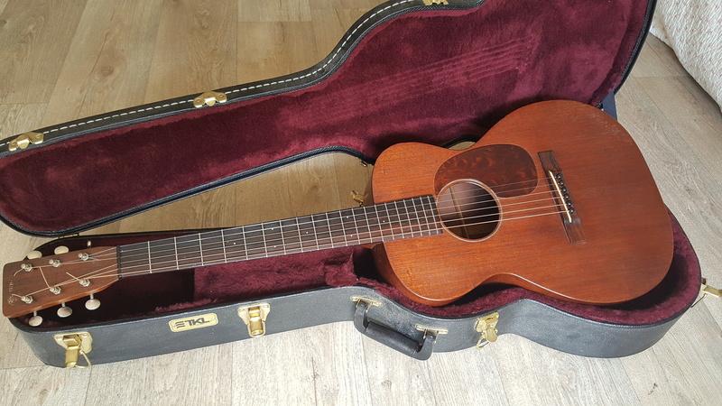 Martin 0-17 1934 + mandoline Ozark amplifiée: 3000 Euros. 20170810