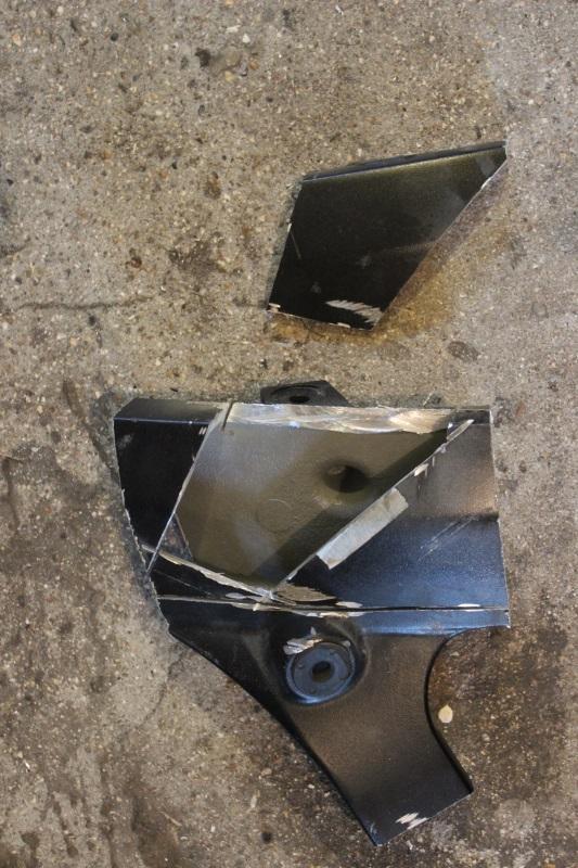 Réparation d'un cadre alu de GSX/R, « façon carrossier ». 04_img10