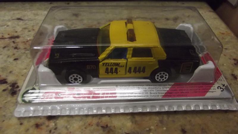 N°213 Impala TAXI. Dscf1735