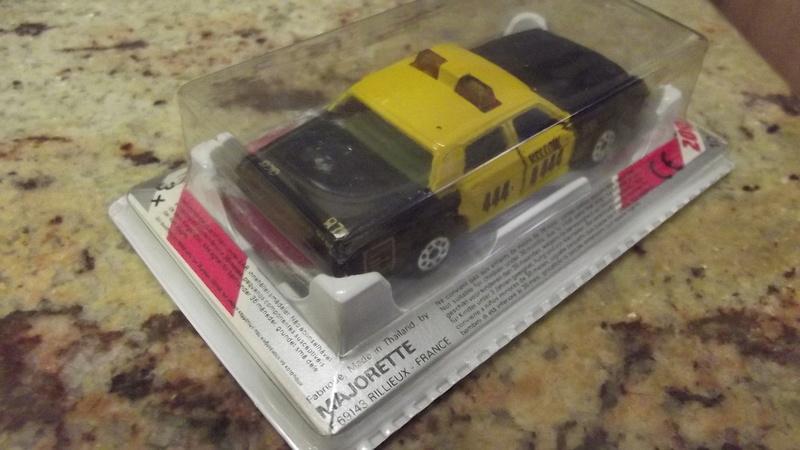 N°213 Impala TAXI. Dscf1736