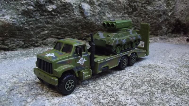 N°3032-** transport plateaux GMC brigadier. Dscf1823