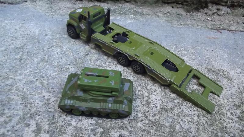 N°3032-** transport plateaux GMC brigadier. Dscf1824