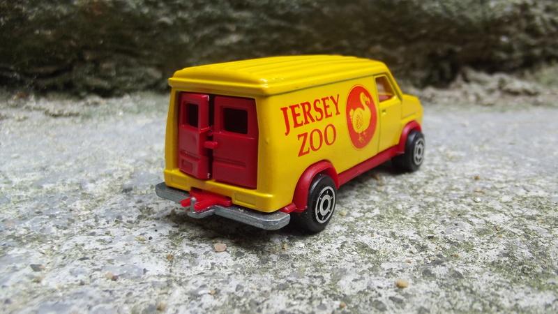 Fourgon Jersey zoo. Dscf1917