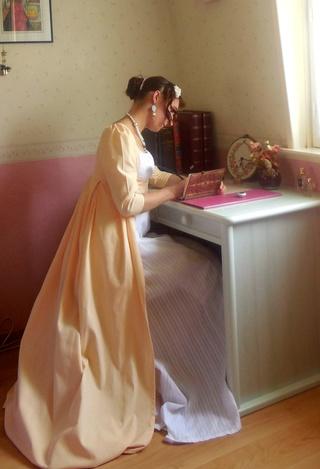 [Histo] Lost in Austen, ou ma robe Regency - Page 2 Dscn7311