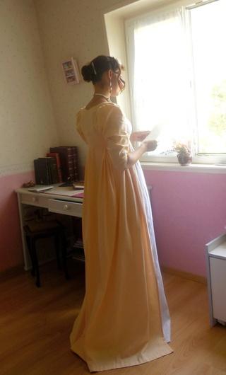 [Histo] Lost in Austen, ou ma robe Regency - Page 2 Dscn7313