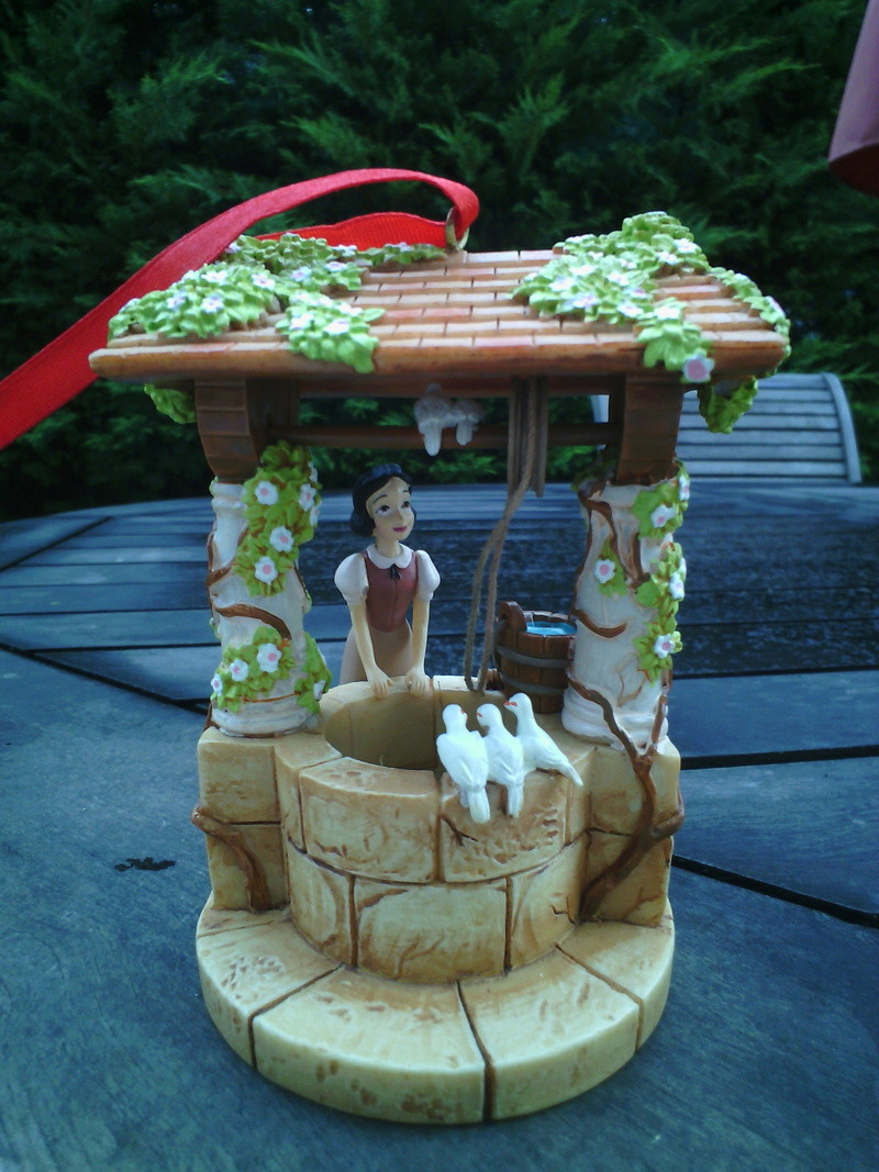 Blanche Neige et les Sept Nains - Page 37 Img_2014
