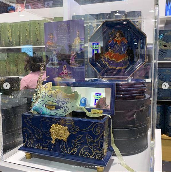 Disney Midnight Masquerade Designer Collection (depuis 2019) Thfcth10
