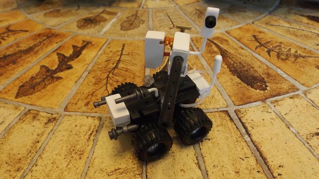 Robot déminage  10694410