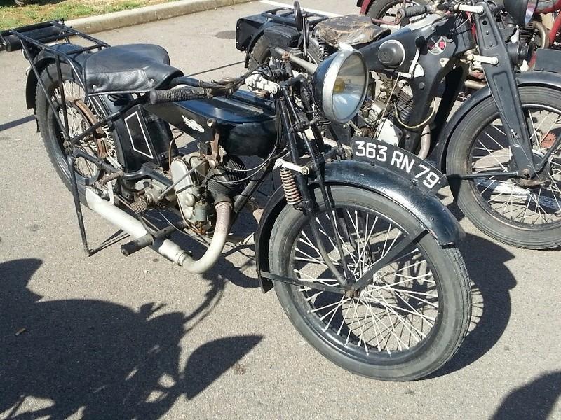 MOTOS anciennes à POITIERS 30 SEPTEMBRE 17 Je_sai10