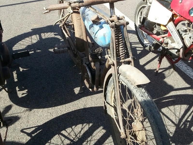 MOTOS anciennes à POITIERS 30 SEPTEMBRE 17 Vieill14