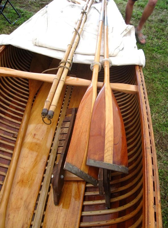 Rénovation canoë acajou PIERRE DELMEZ Img_9110