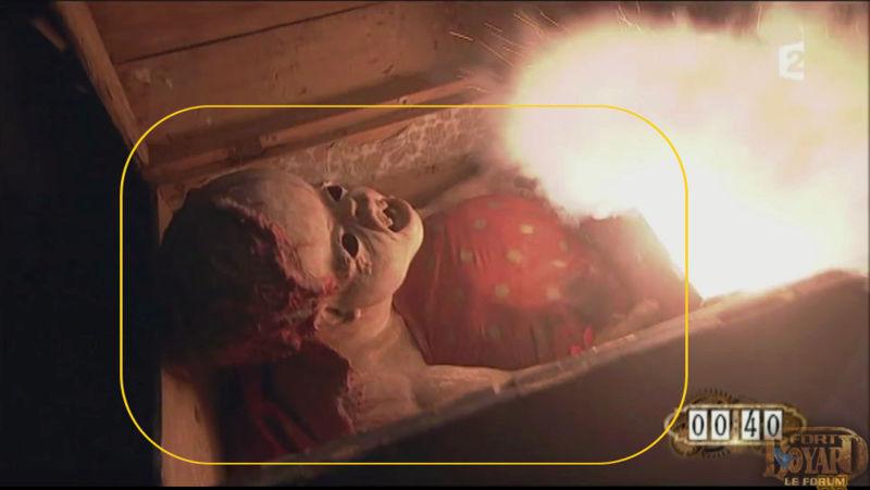 OBJET 024 / Le bébé sanglant Bebe_m10