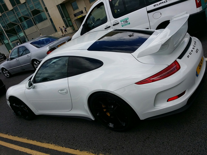 On the streets of England Gt310