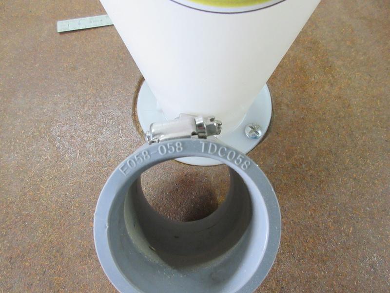 Comment coller le couvercle du Dustcomander ? Img_1225