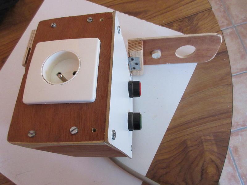Une table motorisée à 4 défonceuses ! Img_1250