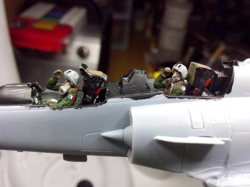 """Mirage 2000-N Ramex Delta  """"100 ans EC2/4 La Fayette"""" (Heller) Img_2091"""