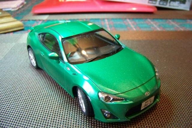 Toyota 86 Tamiya 1/24 (Fini ) - Page 2 100_1810
