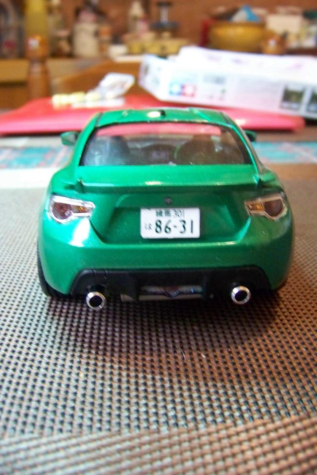 Toyota 86 Tamiya 1/24 (Fini ) - Page 2 100_1813