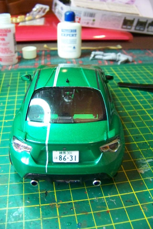 Toyota 86 Tamiya 1/24 (Fini ) - Page 2 100_1819