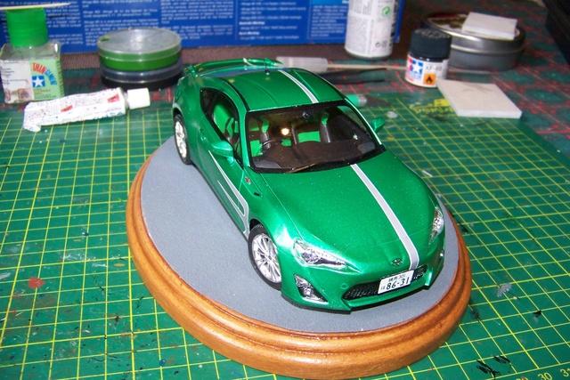 Toyota 86 Tamiya 1/24 (Fini ) - Page 2 100_1829